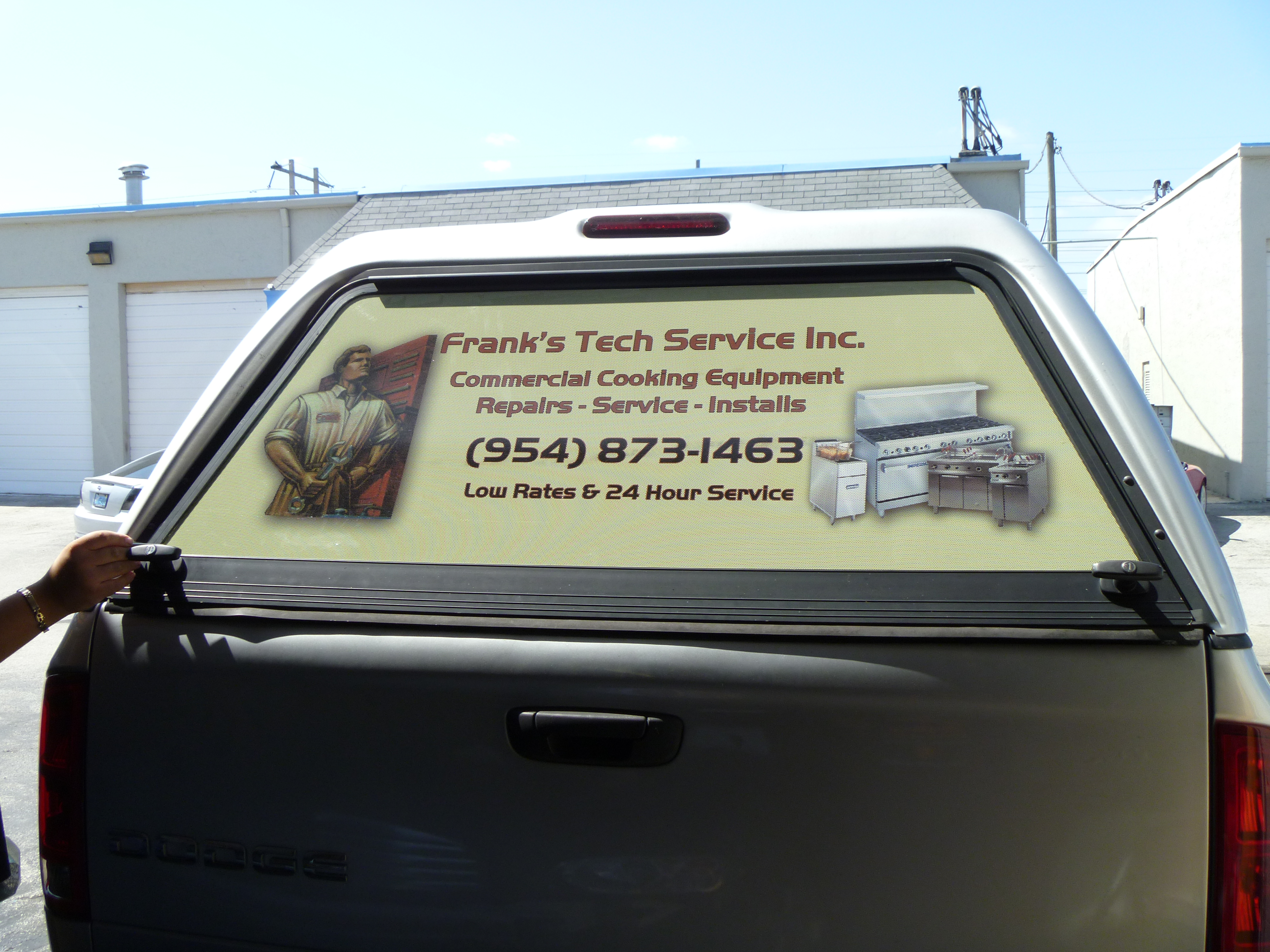 See Through Perforation Rear Window Graphics Fort Lauderdale - Auto window graphics