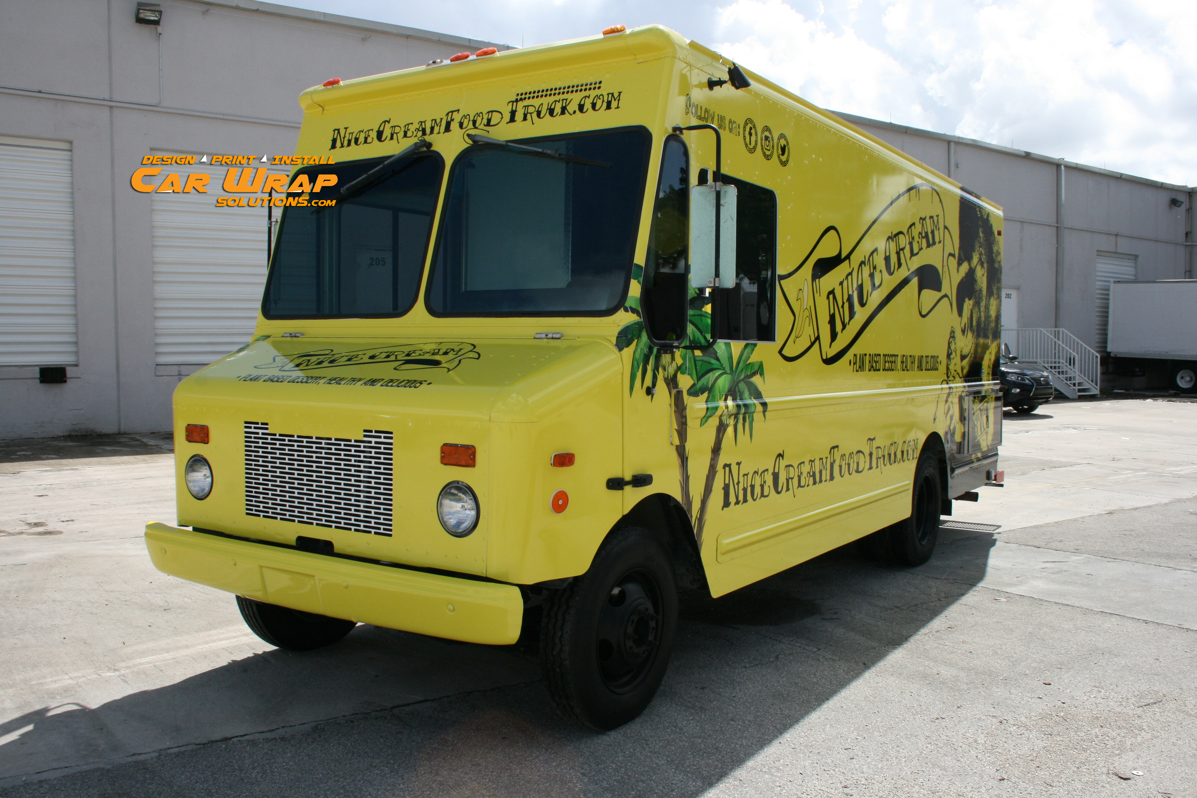 Car wrap solutions knows how to design your food truck wrap for Design your food truck